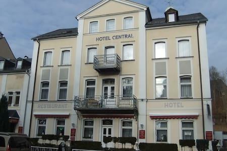 Gemütliche komfortable Doppelzimmer - Bad Elster