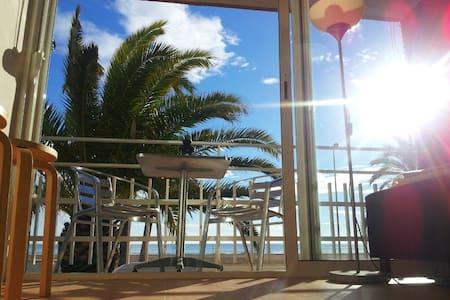 Apt.3 Beach+balcony+view+ Barcelona - Castelldefels