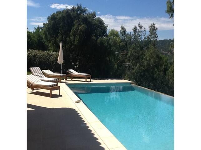 Villa de rêve avec piscine et vue imprenable - Le Plan