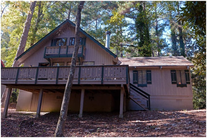 Pine Mountain Club Chalets - Four Bedroom Lakefront #65 - Pet Friendly