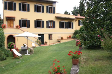 Villa with the pool near Florence - Rufina - Villa