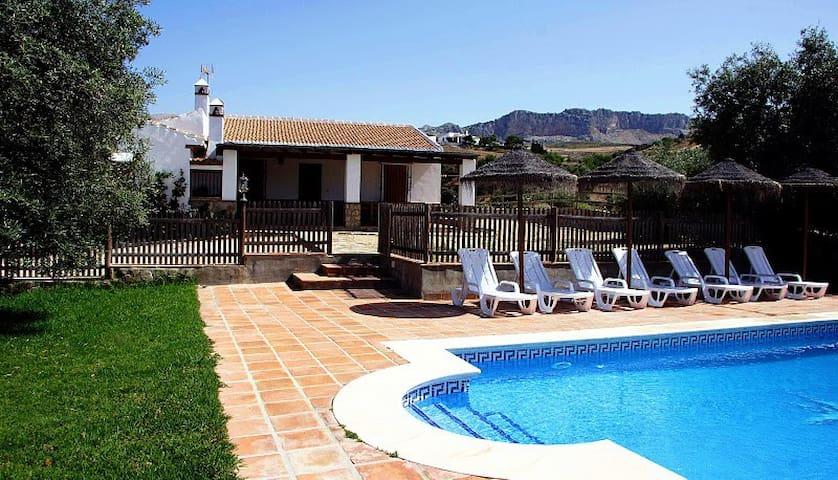 Finca del Rio - Casa Turística - Antequera - House