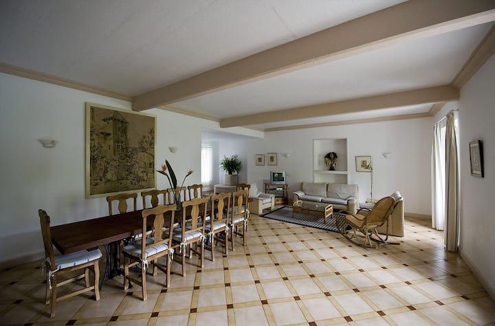 Casa Don Enrique, 9-10 People