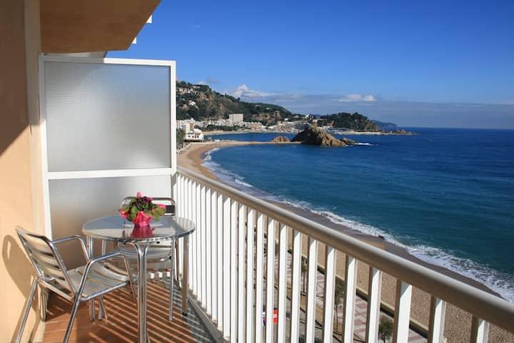El Sorrall 3. 1 bedroom apartment. Sea Views
