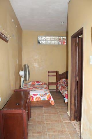 Casa de Nora & Alejo (2)