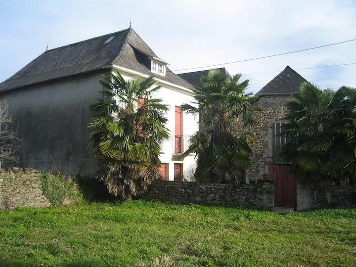 Jolie maison Basque au coeur de la Soule