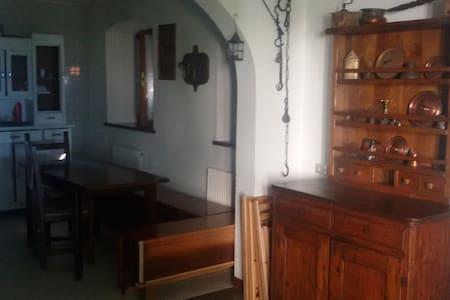 Stanza matrimoniale in Montagna - Lauco