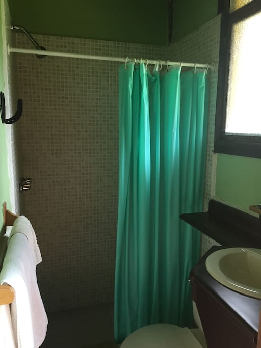 Room Inti: Private bathroom