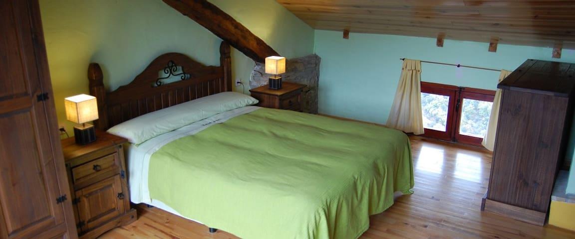 Dúplex en casa típica del Pirineo