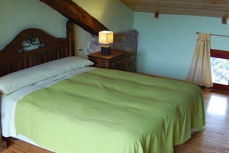 Dúplex en casa típica del Pirineo - Ascaso