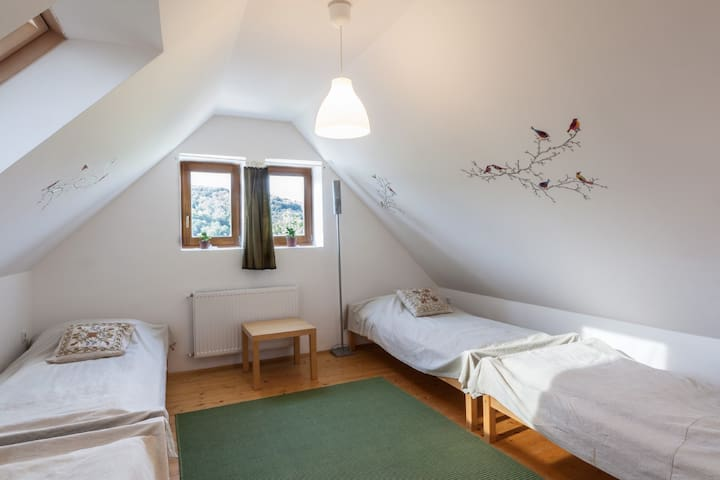 Lila apartemen - with 5 beds