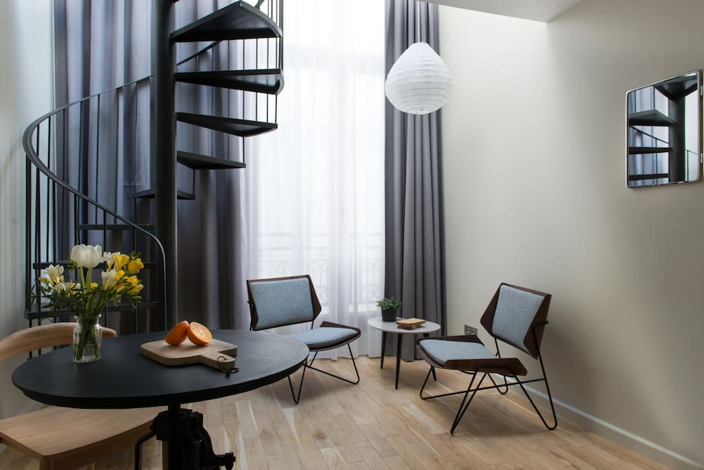 Atelier duplex lofts louer paris le de france france for Atelier loft a louer