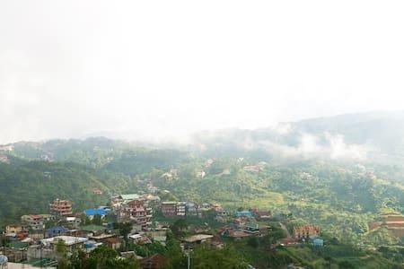 New 9BR Mt View Villa w/Event hall - Baguio