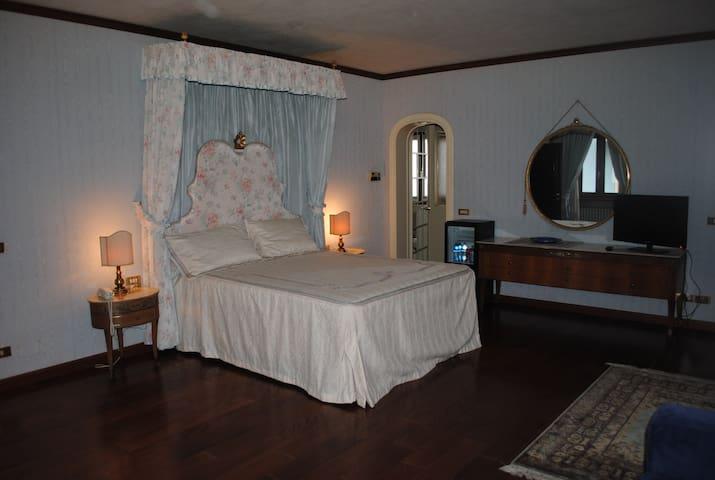 Dimora ottocentesca centro storico2 - Agliano Terme - Bed & Breakfast