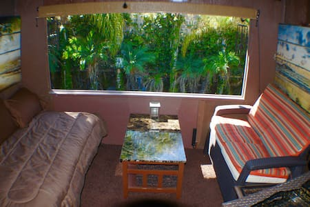 Private Cabana Style Bedroom - Cypress