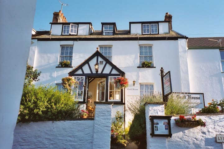 Croft House B&B in Exmoor's coastal town of Lynton - Lynton - Гестхаус