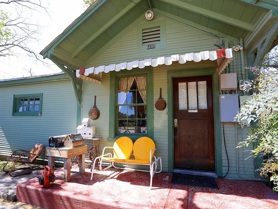 Riley S Creekside Cottage Cottages For Rent In New