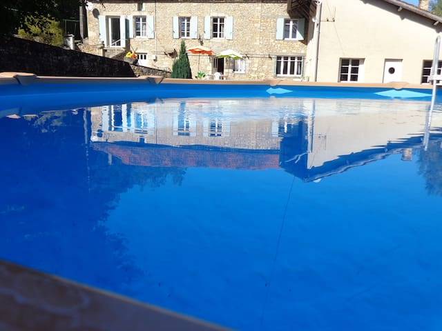 House with private pool - Saint-Cernin-de-l'Herm - Casa