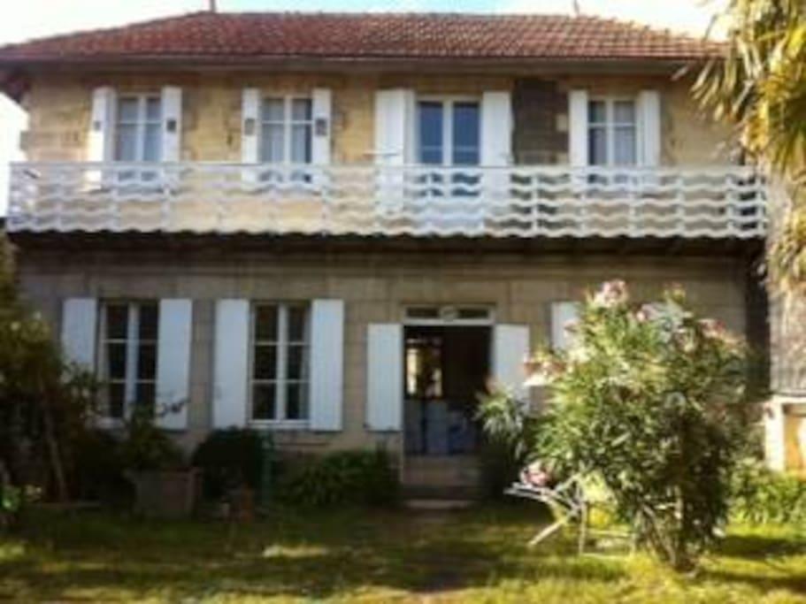 Maison de charme libourne maisons louer libourne - Location maison libourne ...