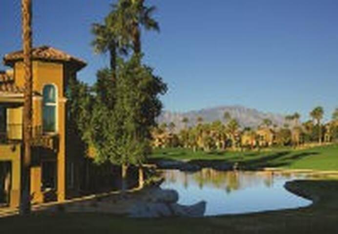 Marriott Desert Spring Villas II Resort