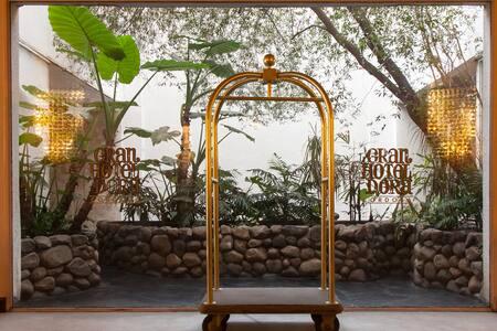 Gran Hotel Dorá Córdoba - Córdoba - Bed & Breakfast