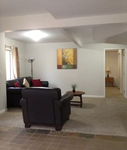 Charming 1 Bedroom Guest House