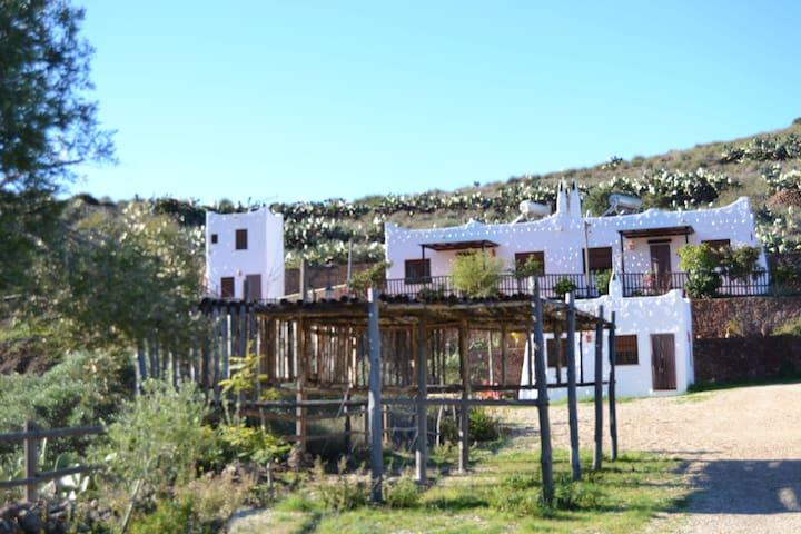 Casa Rural en Cabo de Gata Níjar - Albaricoques - Byt