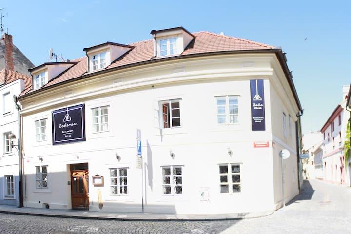Hotel Bohemia - České Budějovice - Serviced apartment