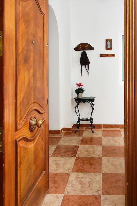 Entry - Entrada