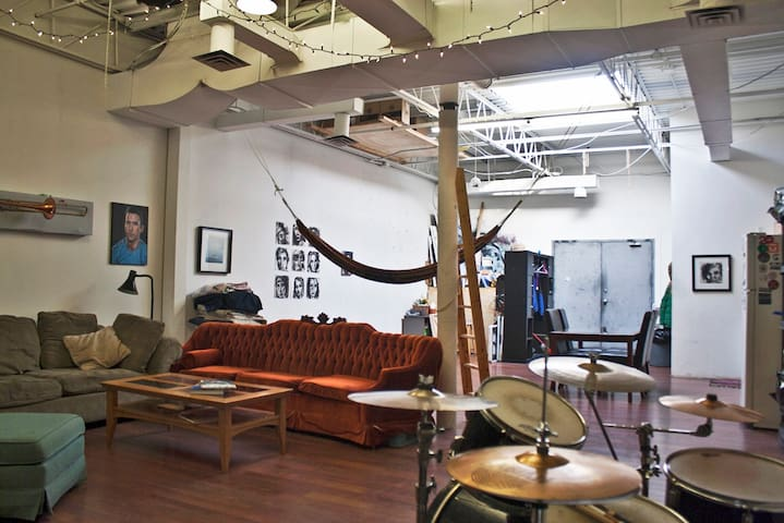 Art Studio/Warehouse Loft - Toronto - Loft-asunto