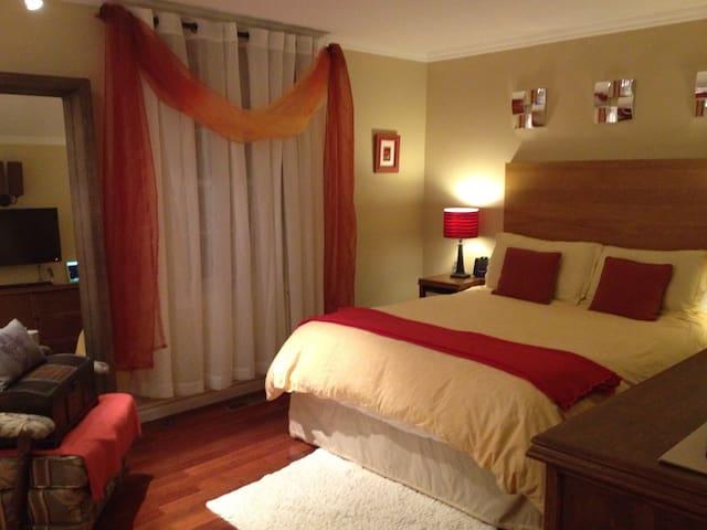 Charmante maison, 2 chambres + spa - Saint-Jean-sur-Richelieu - Casa