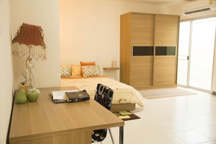 Nakornpathom Resort Condo, 28 sqm Studio Room - Nakhon Pathom - Huoneisto