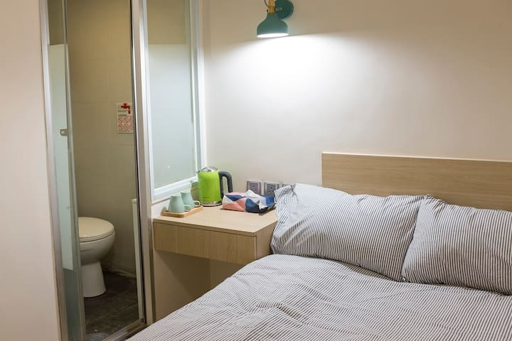 Convenient & New Private Room in Heart of TST