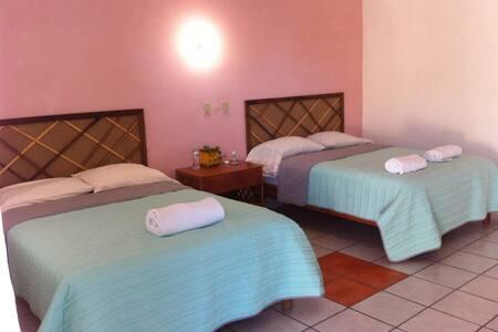 El Conchalito -private rooms - El Pescadero