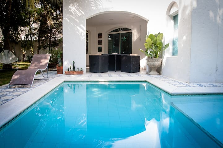 RENOVATED COTTAGE WITH INAUGURAL RATE - Santa Marta - Hytte