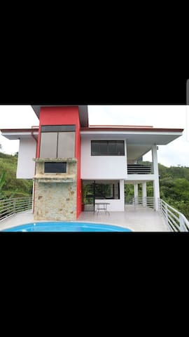River view house