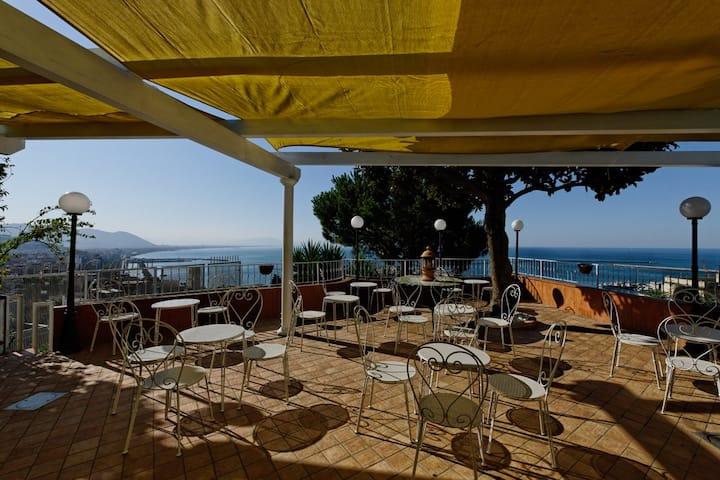 VillaPoseidon- BoutiqueHotel & Events-Amalfi Coast