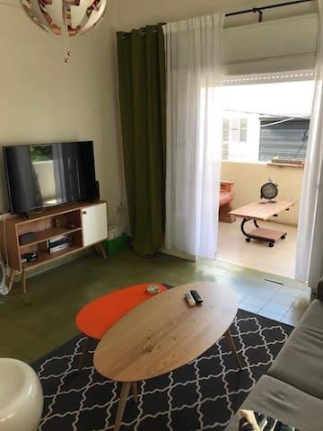Beautiful, fun and  spacious!  home <3 TLV