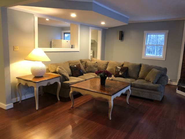 Bethlehem  NH 3 Bedroom Apt 1