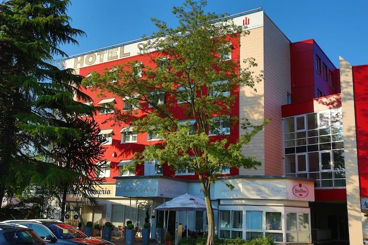 Hotel Sittardsberg, familiäre Zimmer Duisburg Süd