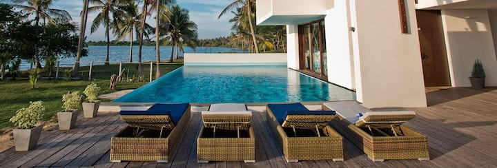5 bedroom Luxury Ocean View Villa