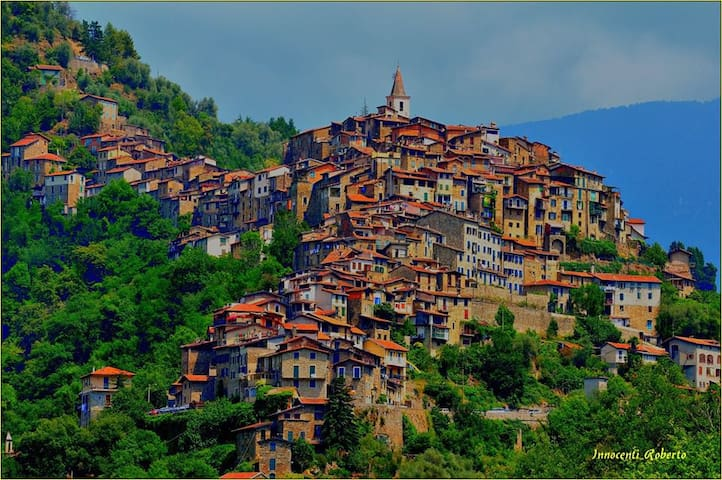 Apricale, Liguria