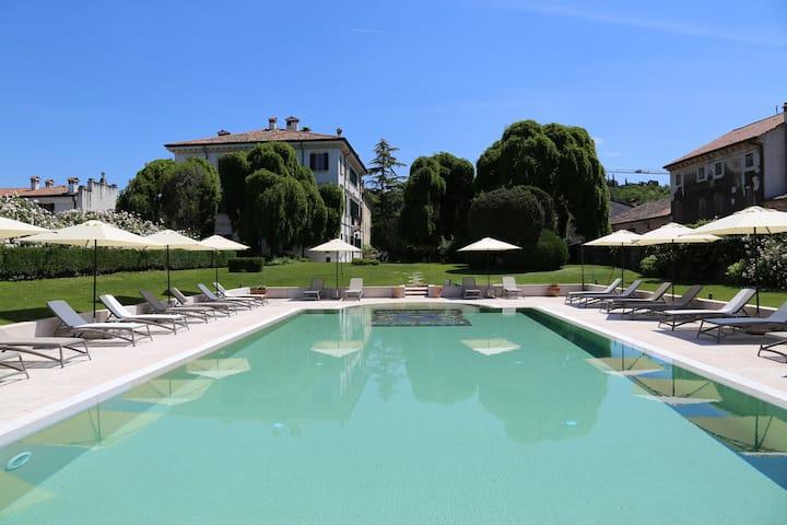 2 Camere Matrimoniali vista parco Villa Nichesola