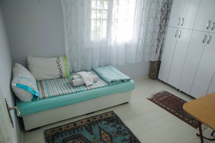 Perfect place to rest, Close to New Airport + WIFI