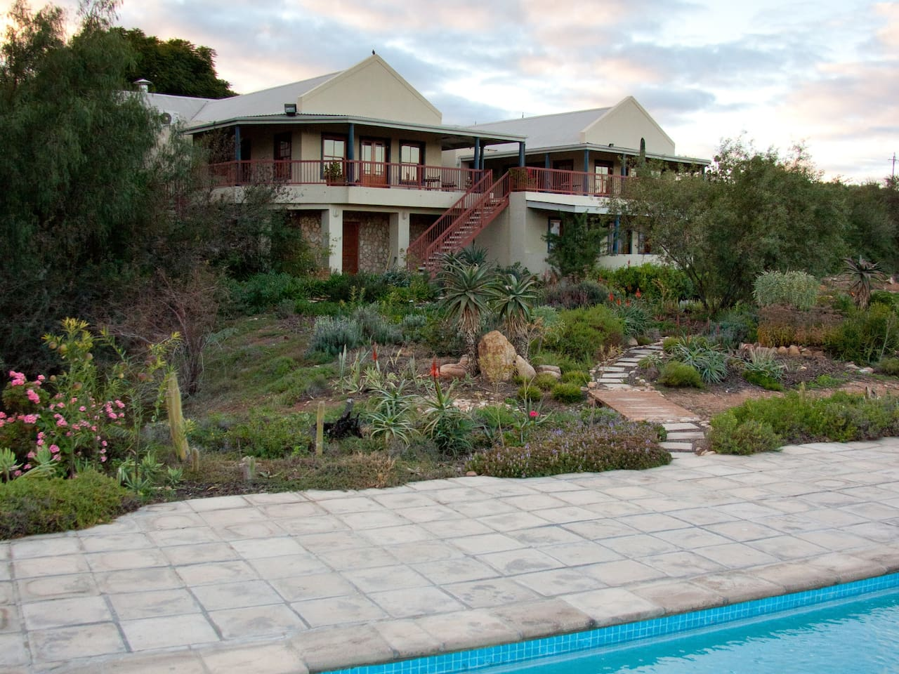 Beautiful Calitzdorp Country House from the Pool
