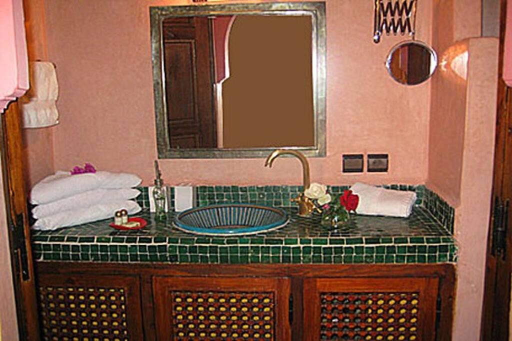 La chambre mandarine riad alida bed and breakfasts for for La chambre mandarine