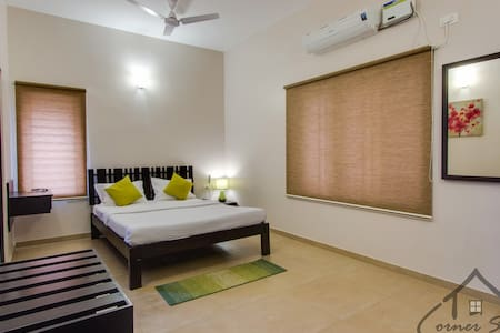 CornerStay-RaceCourse-Studio Room - Kovai