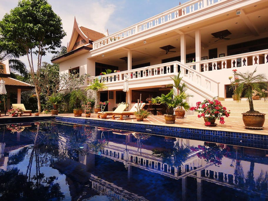 Pool and main terrace