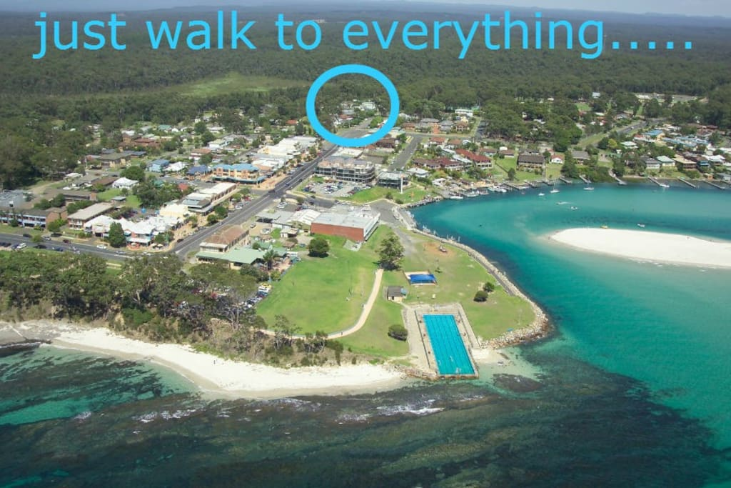 Located in the heart of Huskisson - Jervis Bay you can walk to everything.