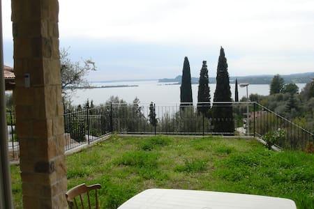Schöne Wohnung in idealer Seelage - Gardone Riviera, Fasano